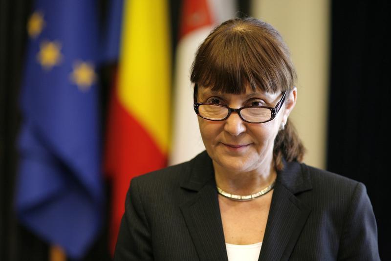 Monica Macovei Corupții României sunt puși în libertate înainte de a-și ispăși pedepsele 2