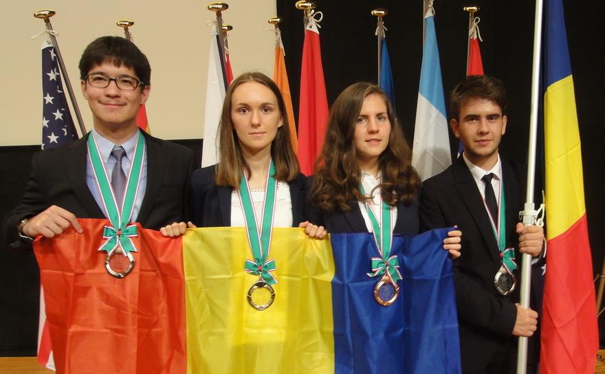 Marele premiu obținut de un elev român, de clasa a VIII-a, la un Concurs NASA